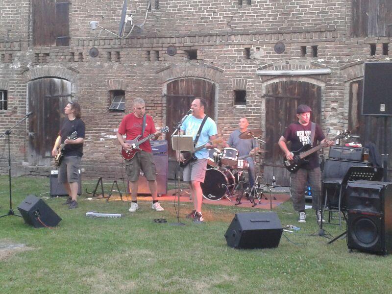 Nächster Auftritt: Feuerwehrfest Tremsdorf am 11.06.2016
